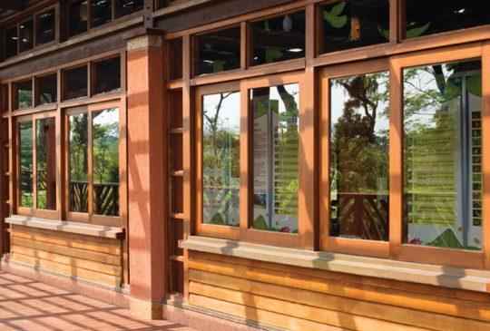 Restoring-Wooden-Window-Frames1
